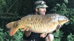 Dave_Farmer_-_40lb_4oz_Fully_Ghostie.jpg